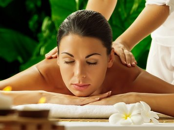 Manaltheeram Ayurveda Beach Village Rejuvenation Therapy
