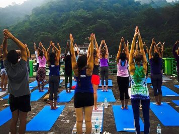 RISHIKESH YOGPEETH 200 Hour Yoga Teacher Training At  Ganga Campus